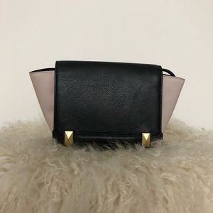 BCGBMAXAXRIA Black and Pink Leather Purse